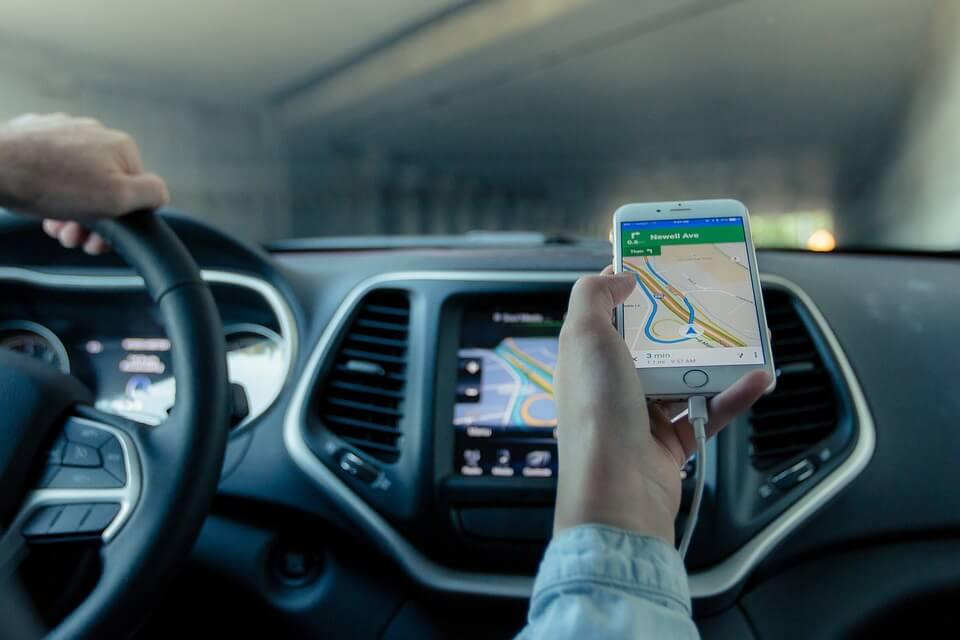 Nawigacje GPS na smartfony
