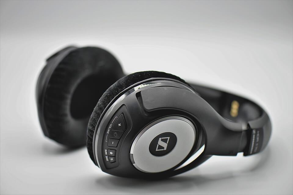 Słuchawki bezprzewodowe Bluetooth – jak wybrać?